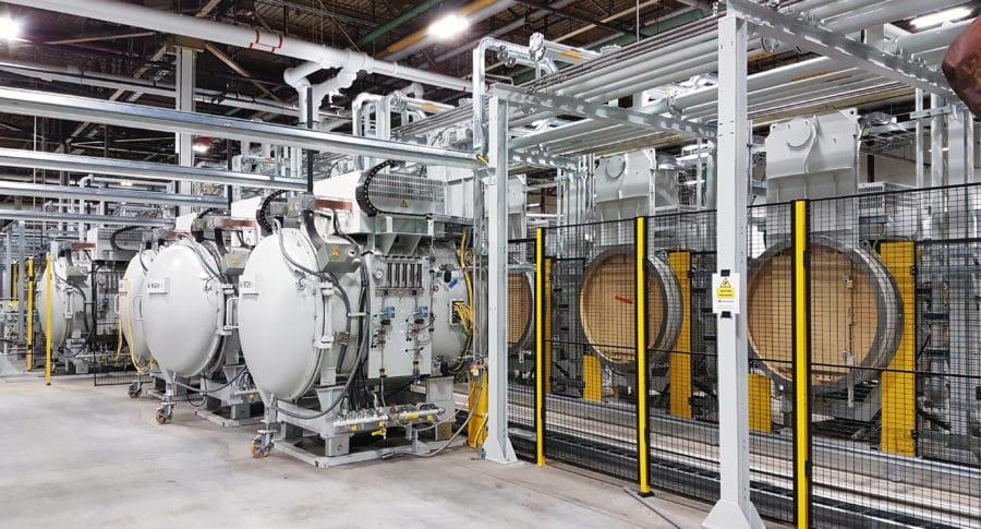 high volume low pressure carburizing furnaces - Four Multi Chambres de cémentation basse pression   ECM Technologies